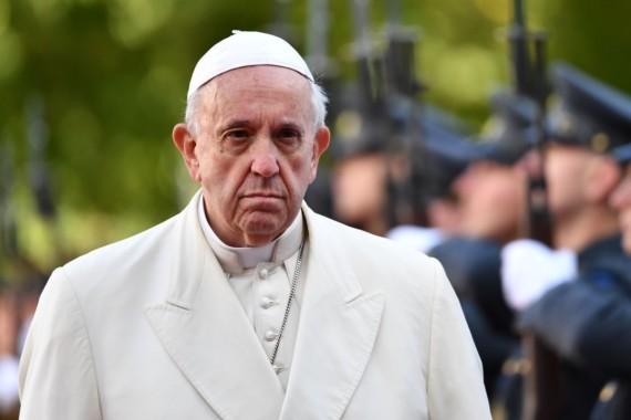 Jeli papa Franjo zaista heretik i koje su to navodne hereze za koje optužuju papu Franju.